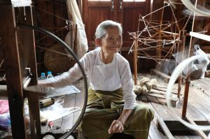 Weaver Woman Inle Lake Myanmar.jpg